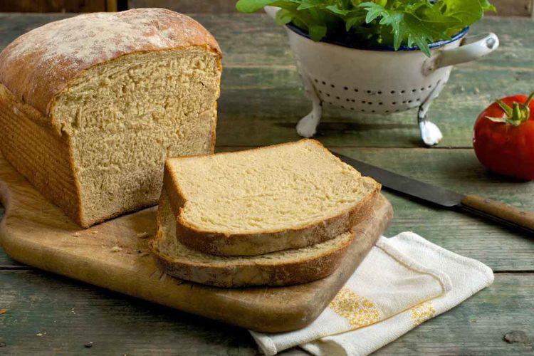 bánh mì sandwich nên ăn với gì
