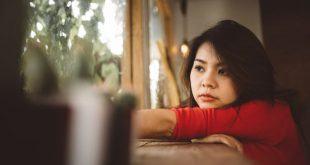 cam thay co don e1539936067278 750x400 310x165 - Vì sao bạn cảm thấy cô đơn khi chạm mốc 30 tuổi?