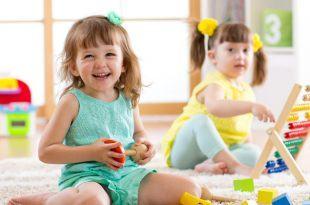 cho be choi voi ban 1 750x400 310x205 - Lợi ích khi cho bé chơi với bạn ngay từ nhỏ