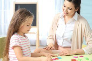 tre cham phat trien tri tue 1 1 750x400 310x205 - Khi trẻ chậm phát triển trí tuệ cha mẹ cần lưu ý điều gì?