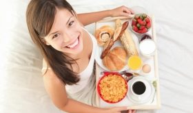 Top 8 Lý do bạn nên ăn sáng đầy đủ và thường xuyên