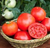 Top 9 Công dụng tuyệt vời của quả cà chua cho sức khỏe và làm đẹp